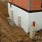 Die Garagensäulen stehen bis 80 cm Tiefe bereit