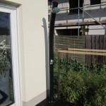 Die Solardusche in der Terrassenecke