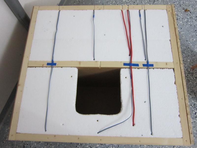 katzenhaus f r den winter selber bauen katzenhaus aus einem alten karton basteln u design dots. Black Bedroom Furniture Sets. Home Design Ideas