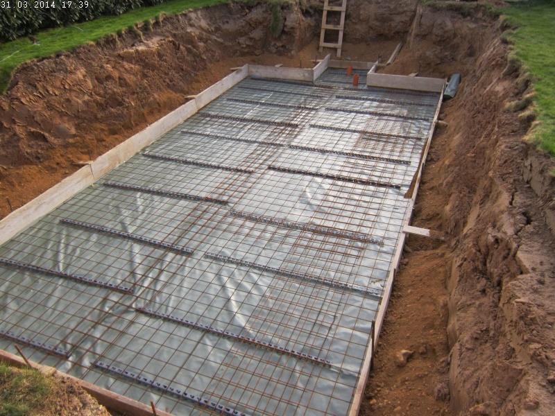 Super Die Bodenplatte für den Pool entsteht | Baublog von Alexey KV93