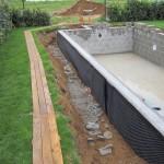 Bauschuttentsorgung im eigenen Garten