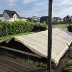 Der Pool bekommt ein Zelt obendrauf